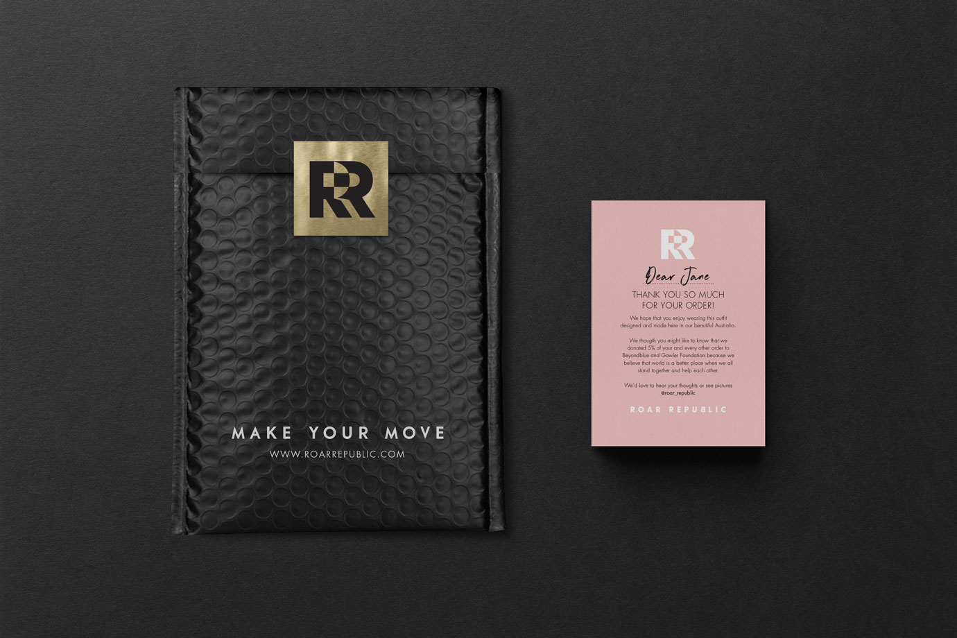 Roar Republic mailing bag and thank you card design